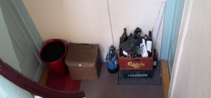 Opbevaring af genstande på fællestrapper og kældergange